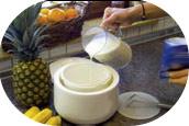 gesunden joghurt selber machen joghurt zubereitung im joghurtbereiter mit joghurtpulver und. Black Bedroom Furniture Sets. Home Design Ideas